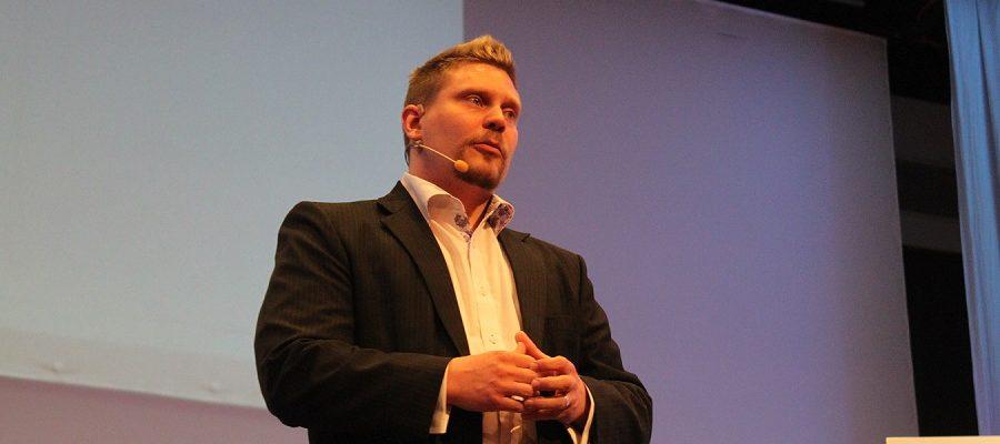 Mitä Keith Cunningham Opetti Liiketoiminnan Aloittamisesta Ja Bisneksen Tekemisestä?